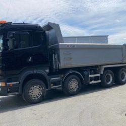 dumper-truck-scania-r560-8x4-second-hand (1)
