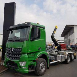camion-gancho-mercedes-benz-arocs-2751-6x2 (1)